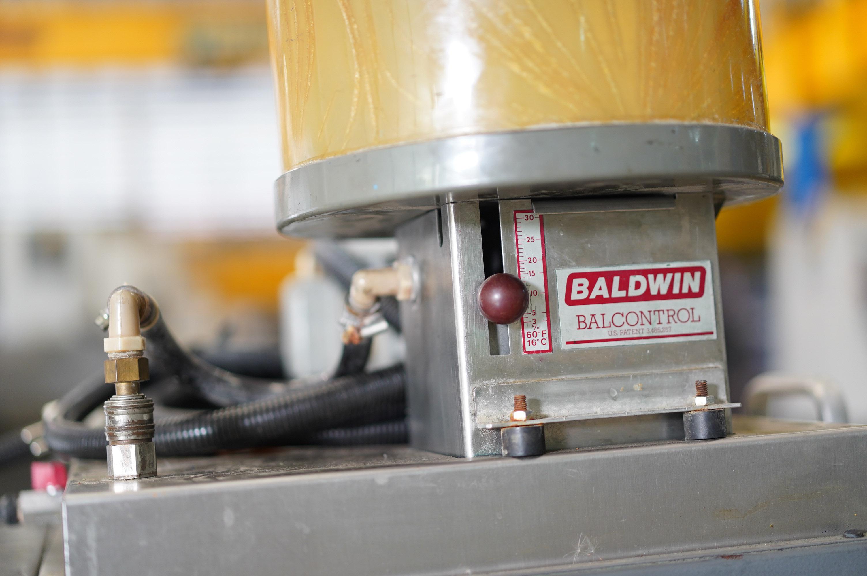 Baldwin 851-100 (386)